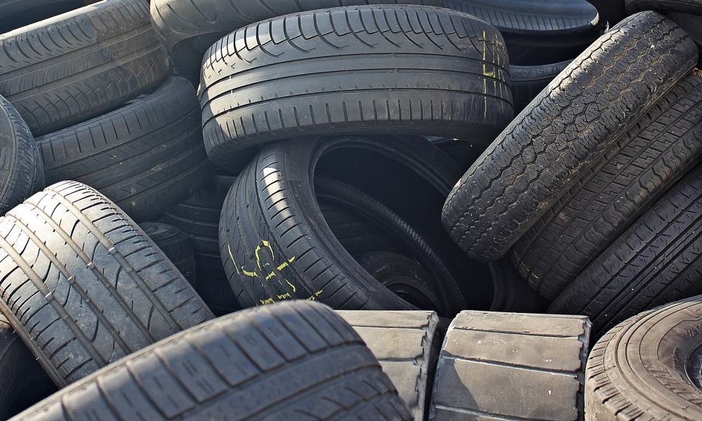 Rubber technical goods, tires